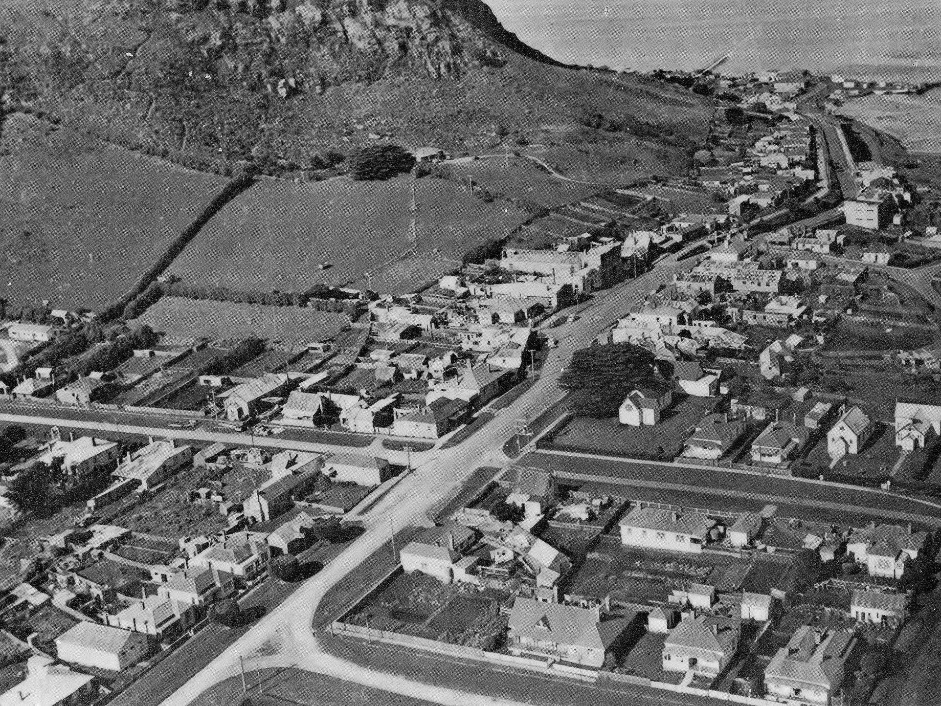 Aerial view of the Stanley township surrounding The Nut, c1940